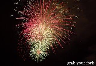 sydney nye fireworks 9pm tower burst