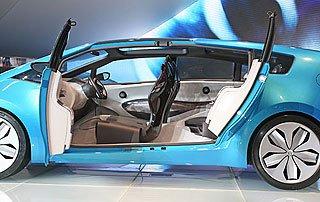 Toyota Hybrid X Concept 2