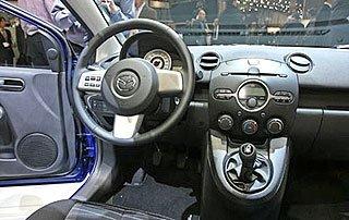 Mazda 2 3