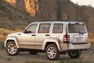 2008 Jeep Liberty Takes a Hard Turn Toward Toughness 2