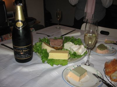 mumm napa sparkling pinot noir pinot meunier chardonnay
