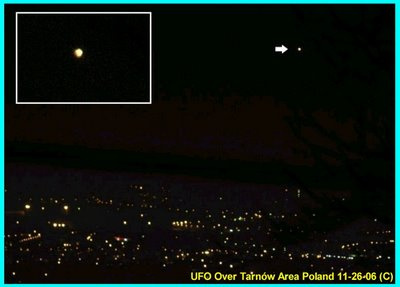 UFO Over Tarnów Area Poland 11-26-06 (C)