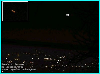 UFO Over Tarnów Area Poland 11-26-06 (B)