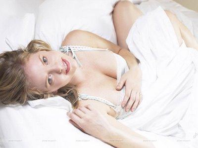 Kelli_Garner Actress