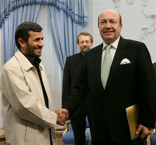 Iranian President Mahmoud Ahmadinejad with Russian Security Council Secretary Igor Ivanov