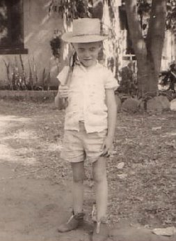 me posing with gun