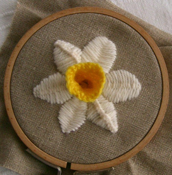 Smockerysmart My Embroidery Blog Daffy Down Dilly Lesson 6