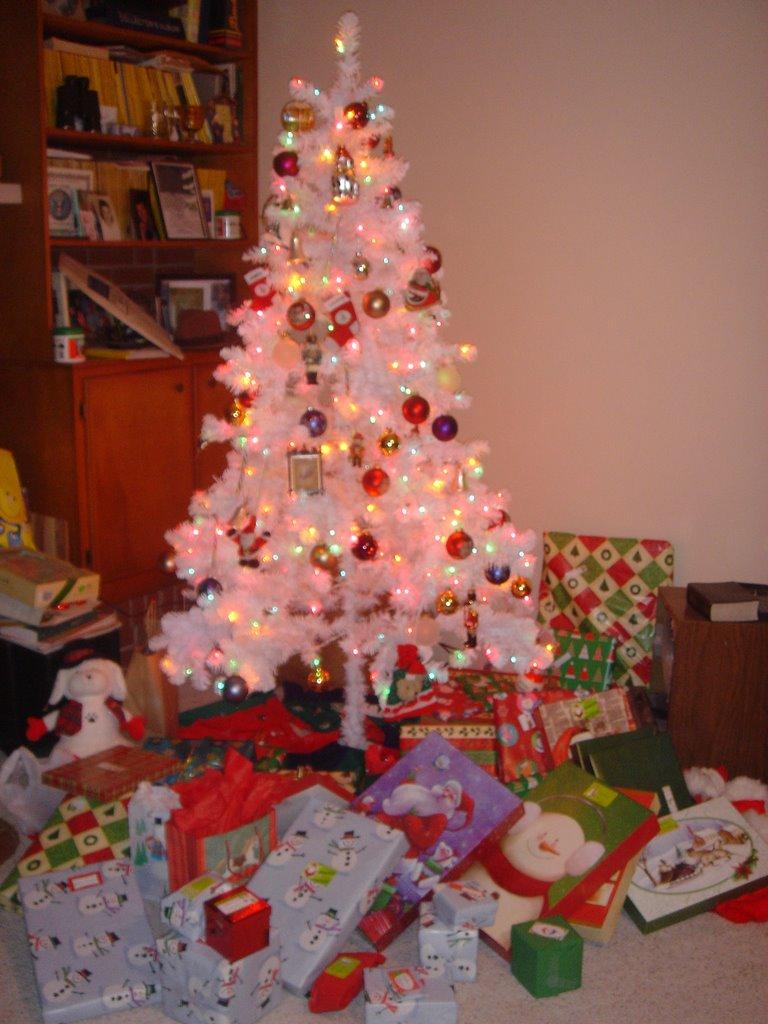 O Christmas Tree... - The Adventures of Bond Girl & Iron Bladder