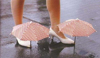 love your expensive shoes? how to avoid from dirt water? use umbrella for shoe