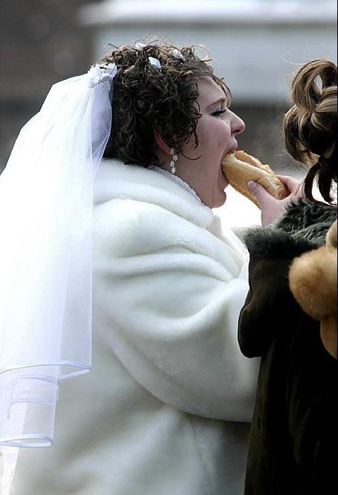 FUNPANGA: Crazy Brides Wedding dresses