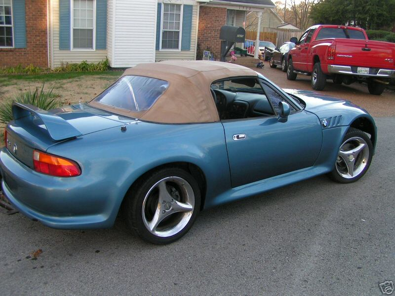 mazda mx 5 miata cross dresses as a bmw z3. Black Bedroom Furniture Sets. Home Design Ideas