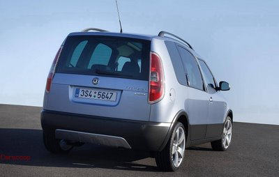 sk2 Skoda Roomster Scout Official