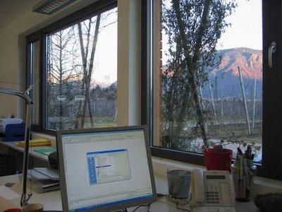 Cucino in giardino meme la finestra dalla scrivania - La finestra sul giardino ...