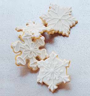 Martha Stewart S Sugar Cookies Royal Icing Wire Whisk