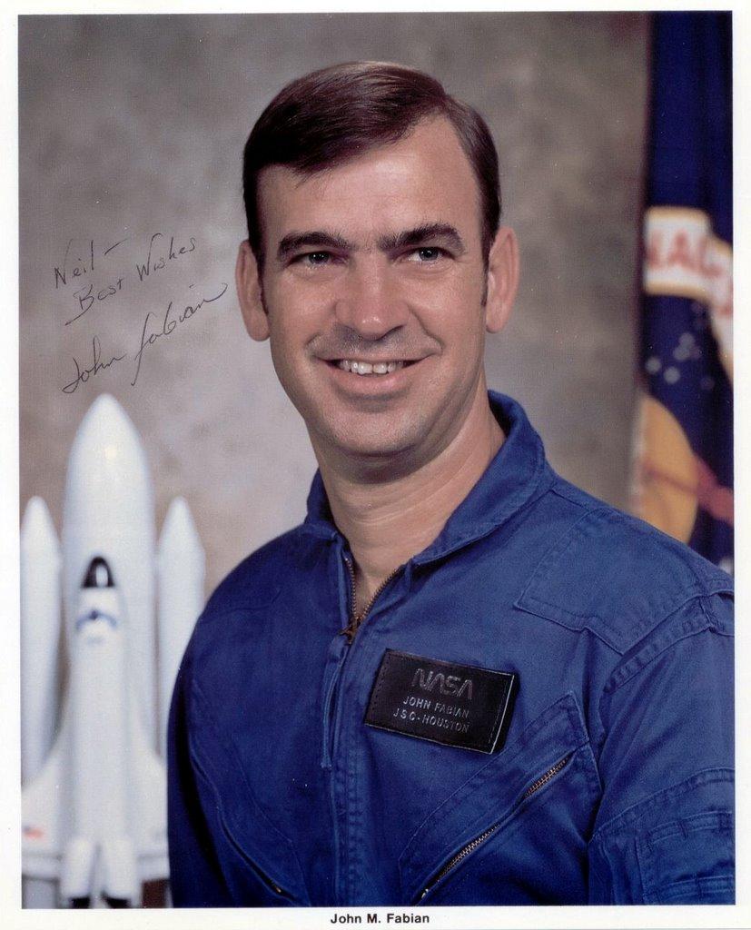 Space Shuttle Commanders and Pilots Autographs