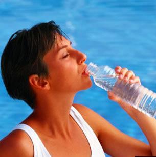 Beber agua mató a Jennifer