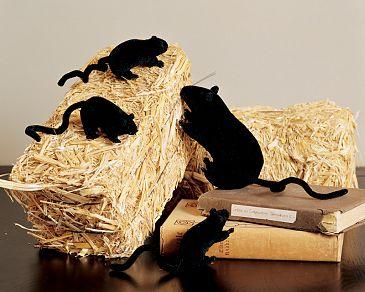 Mini Straw Bales Christmas Decorations
