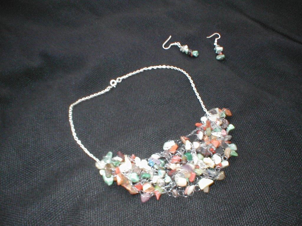 Collar + Aretes de Piedra Jabón Lila. Collar Tejido a Crochet