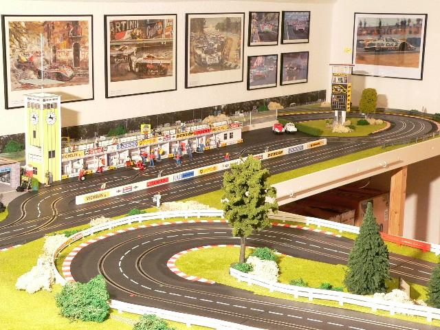 Slotbrownbrothers sbb circuito de slot fijo de carrera - Decoracion scalextric ...