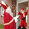 Sinterklaas versus Santa (Flickr)