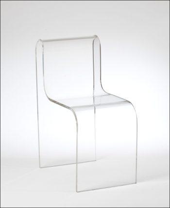 Lavorazione materie plastiche tavolino e sedia in plexiglass for Tavolino e sedia montessori