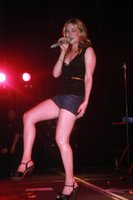 LeAnn Rimes Shows Off Her Legs