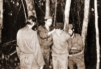 Raúl Castro listo a fusilar a un campesino cubano ¿Olvidaremos cosas como esta?