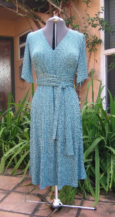 Hot Patterns Cosmopolitan Dress | Gigi Sews