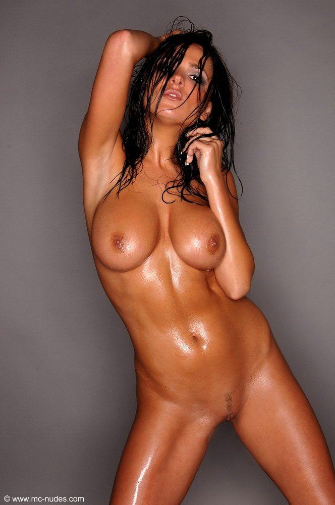 nude fight pic Oiled women
