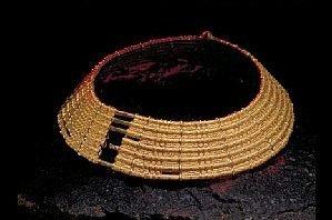 Guldkrage från Möne, Historiska Museet