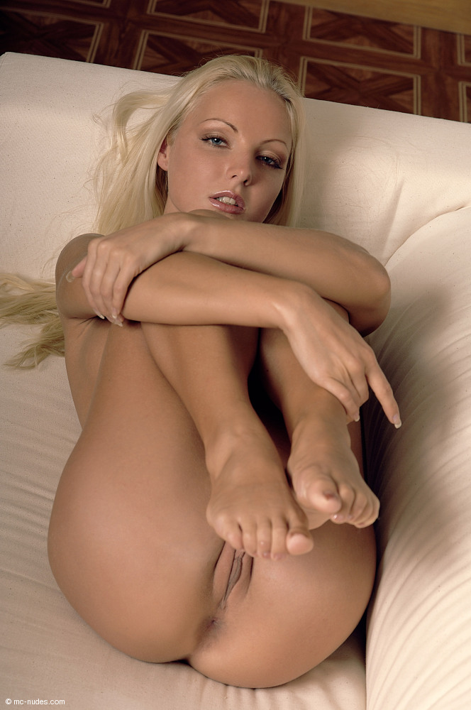 mc nude babe Veronica
