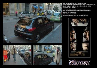coche aparcado con publicidad