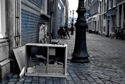 city_of_amsterdam_one_computer_per_street_project; ©Dreaming in Neon 2007