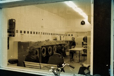 laundromat; ©Dreaming in Neon 2006