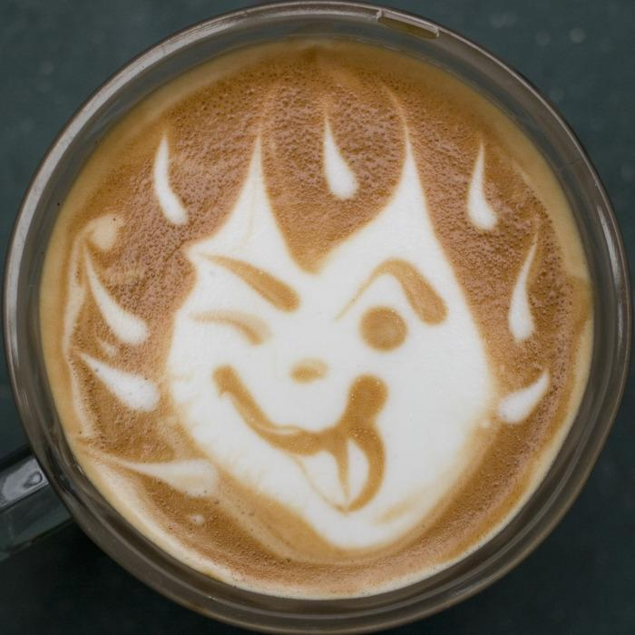how to make designs in coffee