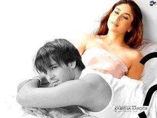 kareena kapoor hot kiss scene