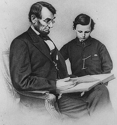 Mark in Mexico, http://markinmexico.blogspot.com/ For gifts, collectibles, Mexican arts and crafts, visit Pale Horse Gallery, http://palehorsemex.vstore.ca/ Abraham Lincoln with son.