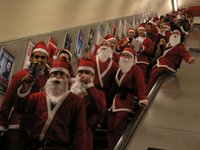 picture from http://www.mylondonphotos.com/lbs/santa2005