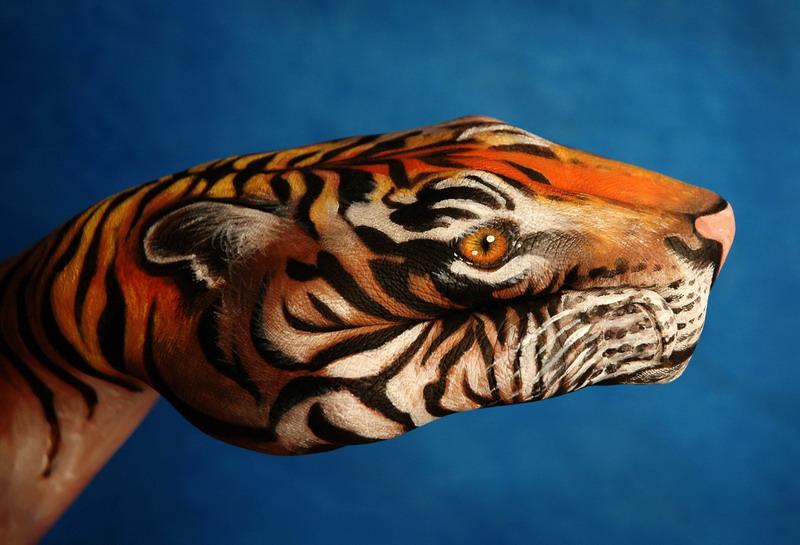fresh pics amazing hand painting art