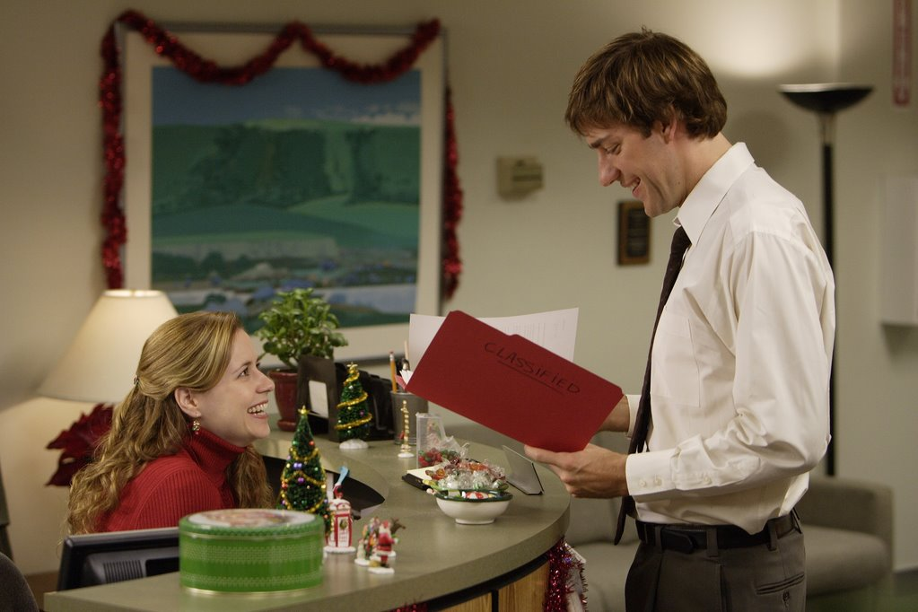 jim reading dwights file last year my boss michael scott took a day off cuz he said he had pneumonia but really he was leaving early to go to - The Office Dwight Christmas