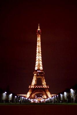 Eiffel Tower, Jan. 1995