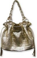 Designer Handbag give away for sassy and chic wpmen, teen and girls
