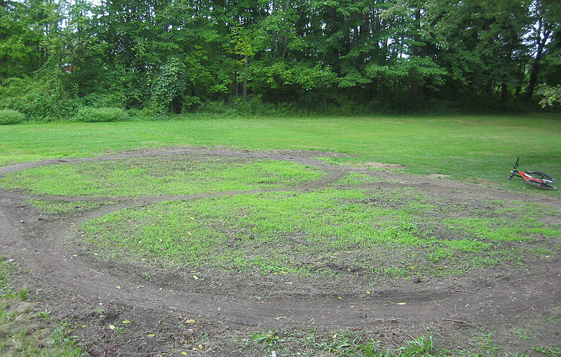 Building Backyard Pump Track : 262006  the pump track starts to take shape