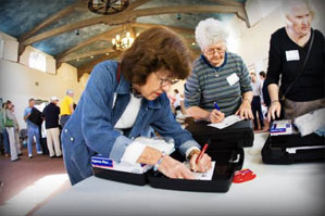 Event participants write messages of encouragement to be included in Caregiver Kits assembled at El Montecito Presbyterian Church.