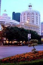 Macau - Os primeiros sinais de modernização de Macau, inspiraram-se nas formas do passado