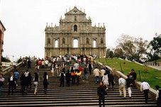 Em Macau