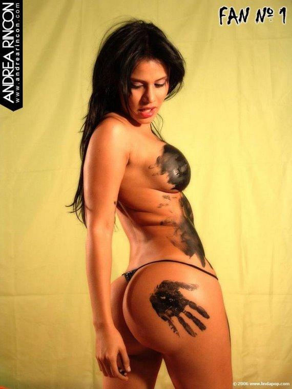 Andrea 44