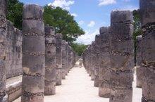 Parte inferior delantera del templo de los guerreros