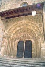 Portada del monasterio de leire