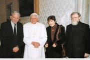 El Papa y el equipo internacional de catequistas